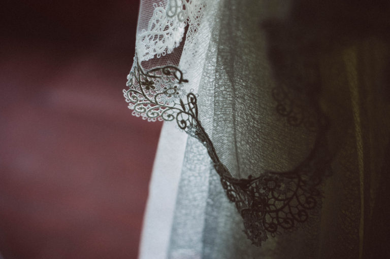 sesion-fotos-parejas-bodas-fotografo-reportaje-donosti-gipuzkoa-san-sebastian-detalles